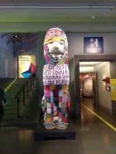 Knitted lion at Historiska Museet